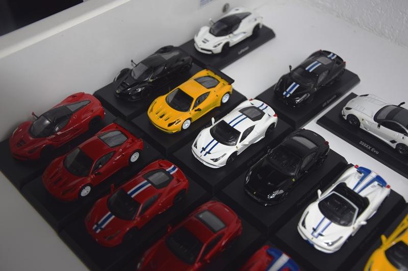 Ferrari_Kyosho12_64_03.JPG