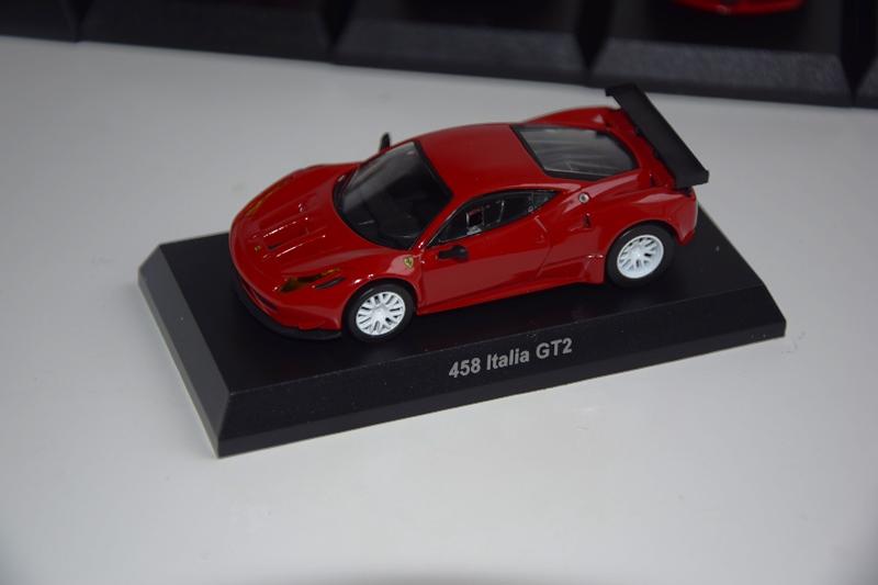 Ferrari_Kyosho12_64_07.JPG