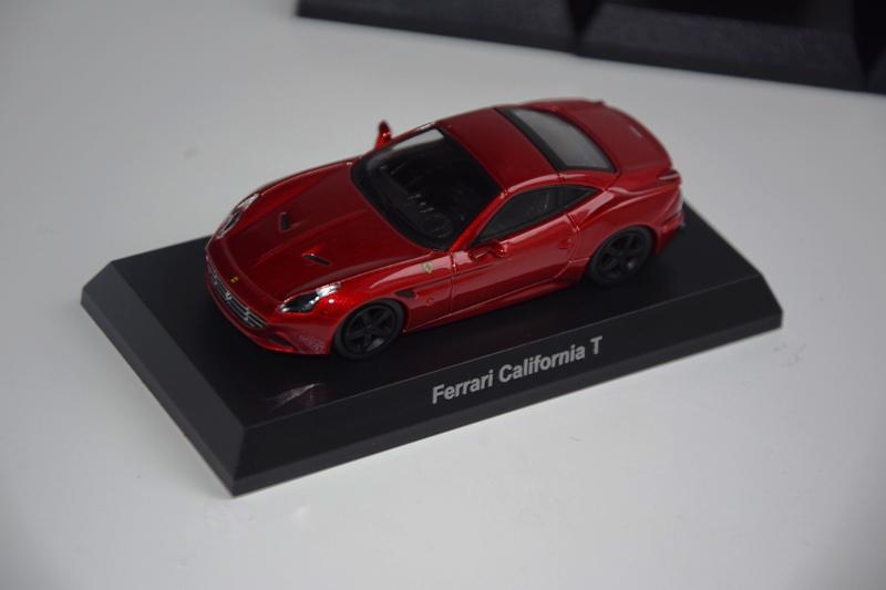 Ferrari_Kyosho12_64_09.JPG