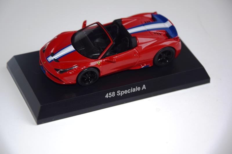 Ferrari_Kyosho12_64_10.JPG