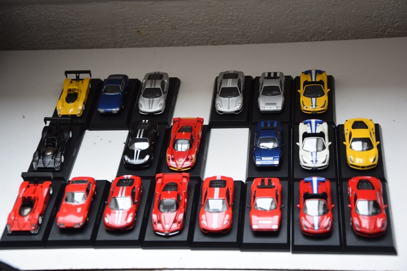 Ferrari_Kyosho_Collection_11_01.JPG
