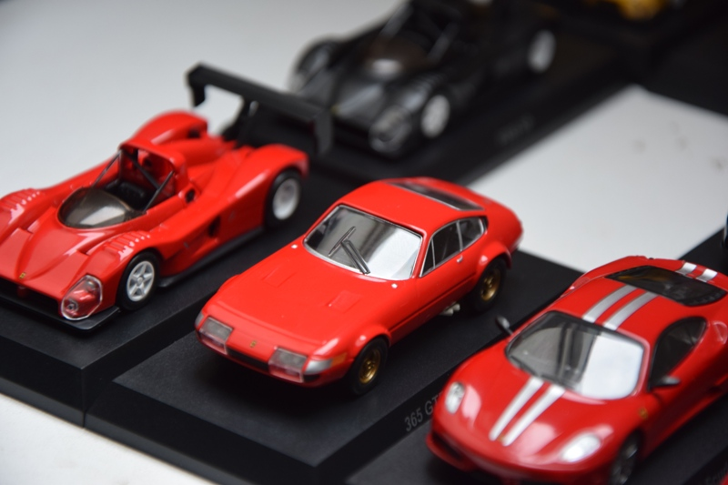 Ferrari_Kyosho_Collection_11_03.JPG