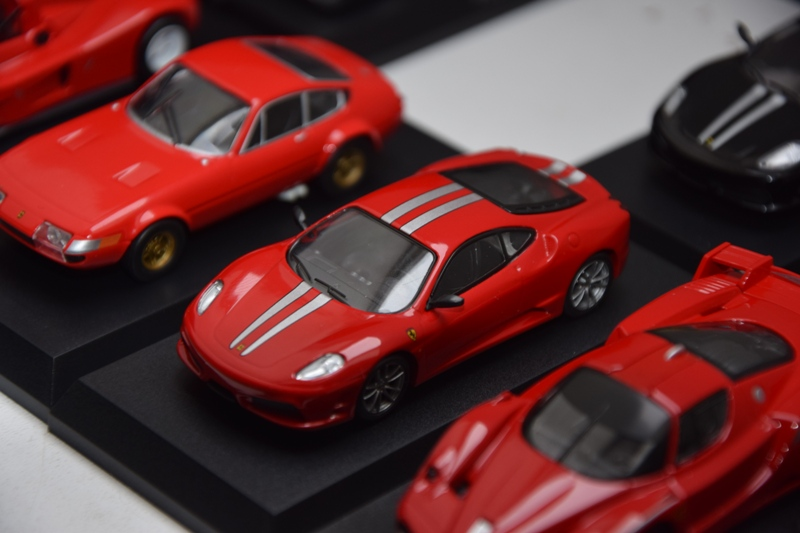 Ferrari_Kyosho_Collection_11_04.JPG
