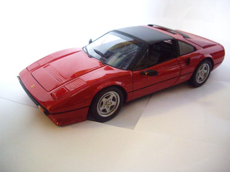 18 Ferrari 308 GTS QV 1982 Kyosho Rouge 08184R